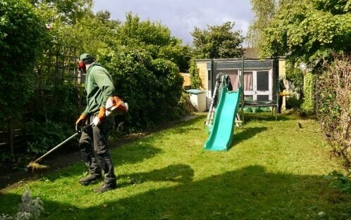 professional gardening services in Guildford